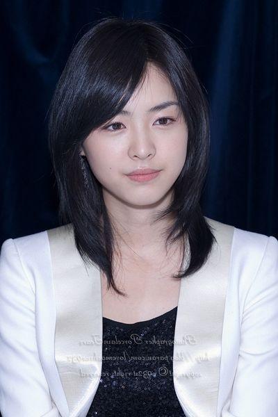 medium-asian-hairstyles-9
