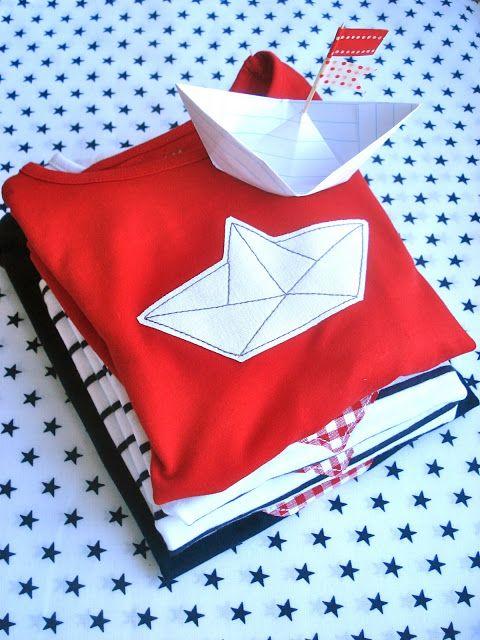 applique Tshirt: paper boat