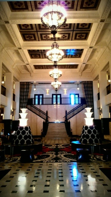 Sha'lyce and Jerry are getting married at the amazing Mayo Hotel in Tulsa!