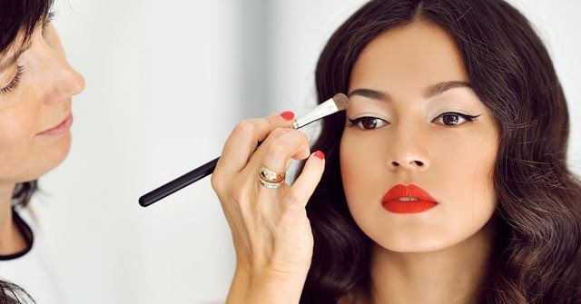 5 #Makeup Hacks this New Year for a Brighter You