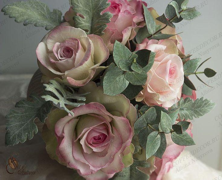 Интерьерная композиция из фоамирана: розы и эвкалипт, фото №5