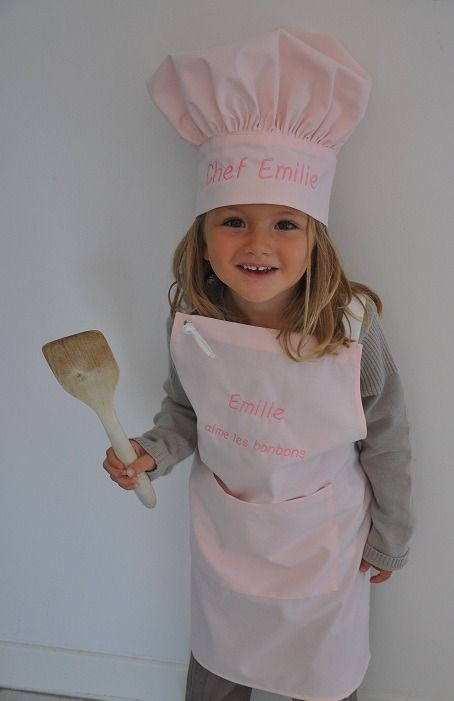 Ensemble Tablier de cuisine+toque enfant personnalisé brodé : Ecole et loisirs par lbm-creation