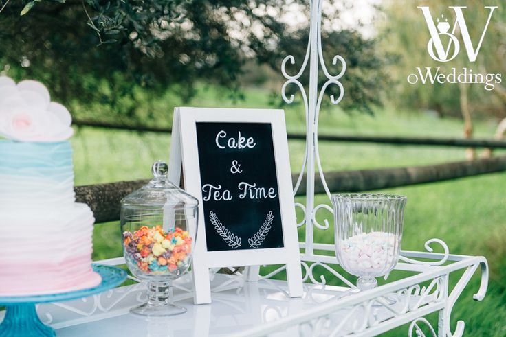 Styled Shoot Perth, W.A - Dream Come True Shoot Concept/Styling: oWeddings Photographer: Earthbound Images Prop Hire: Turtle & the Pelican/karrie & pearl Cake: Pretty Little Cakes by Rachel