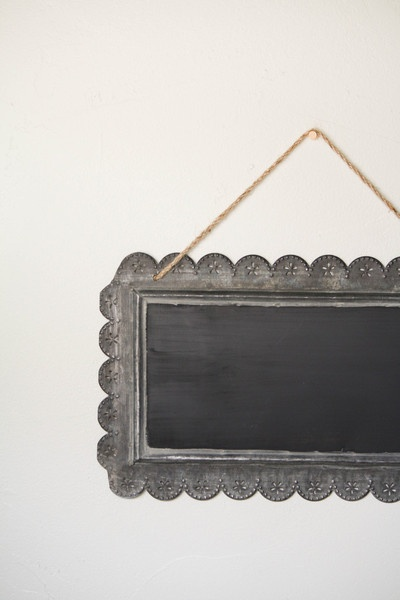 This is a great idea. One of these could be made easily. Scalloped hanging chalkboard sign.