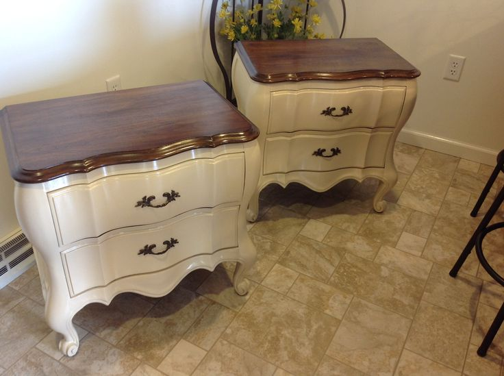 "Mahogany nightstands.  Stained tops in Minwax Dark Walnut and bottom painted with Sherwin Williams  ""Irish Cream,""semigloss.  Final coats with Minwax Polycrylic, semigloss"