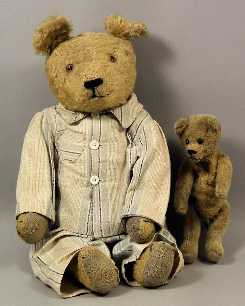 1920's teddies - I must make some pj's out of vintage fabric for my Teddys