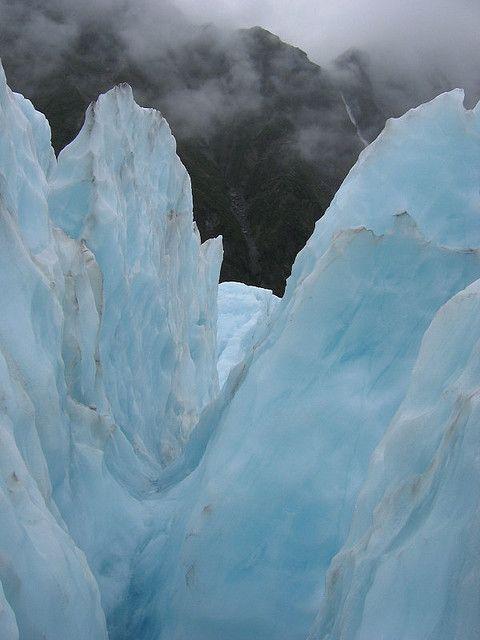 Frozen glacier : New Zealand