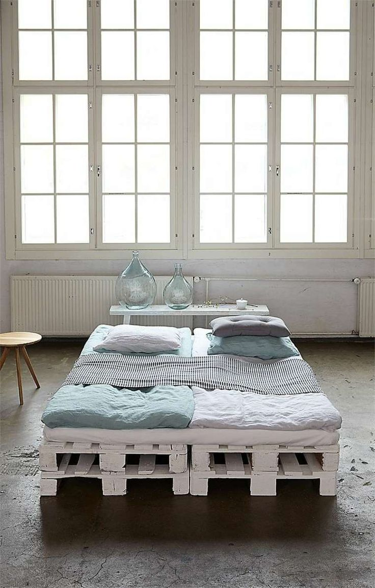 lit design DIY en palettes de bois