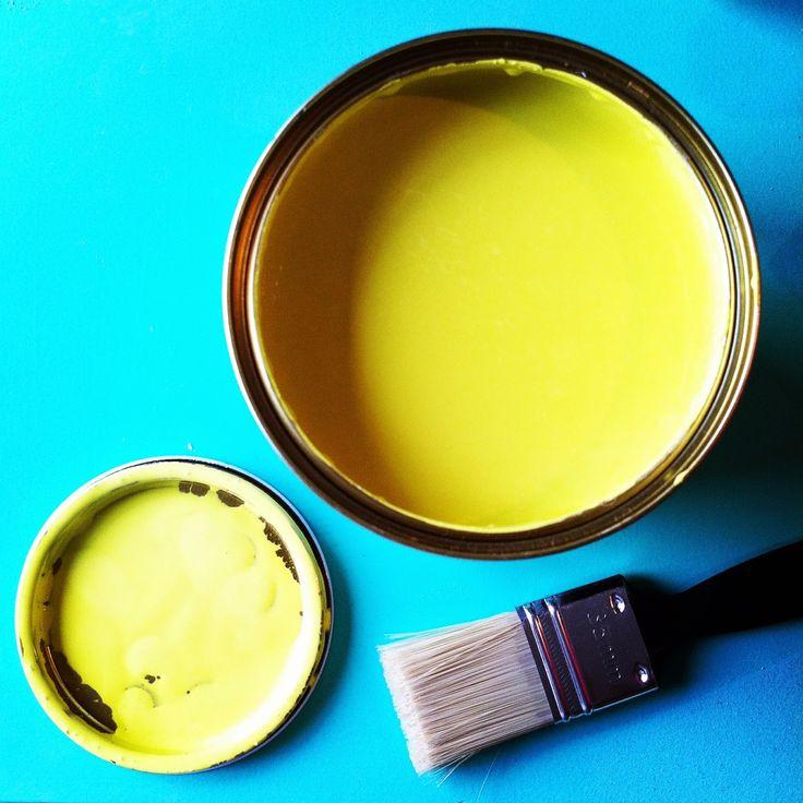 Yellow yummy yummy paint<3