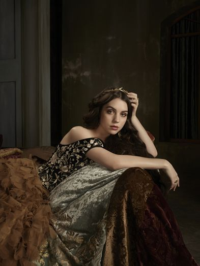 reign-season-2-cast-photos (5)