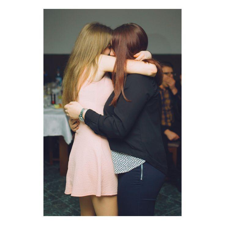 My best friend is better than yours  #blonde #brunette #singleladies