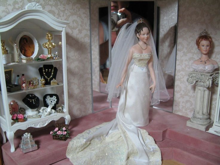 25 Best Dollhouse Wedding Shop Images On Pinterest