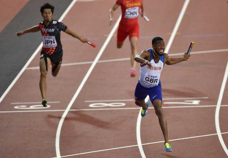 陸上の世界選手権第9日は12日、英ロンドンで行われ、男子400メートルリレーで日本は38秒04で3位に入り、世界陸上の同種目で初のメダルを獲得した。大会限りで引退するウサイン・ボルト(30)はジャマイカのアンカーを務めたが、レース中に足を痛め、5連覇を逃した。 / 日本銅だ!世界陸上男子400Mリレーで初メダル ボルト有終ならず― スポニチ Sponichi Annex スポーツ #銅メダル #世界陸上 #スポニチ #ロンドン #陸上 #日本