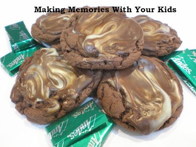 Making Memories ... One Fun Thing After Another: Andes Mint CookiesCookies Candy'S Bar, Food Stuff, Andes Candies, Sweets, Andes Mint, Fun Things, Mint Cookies, Cookies Makingmemori, Baking Cooking Drinks