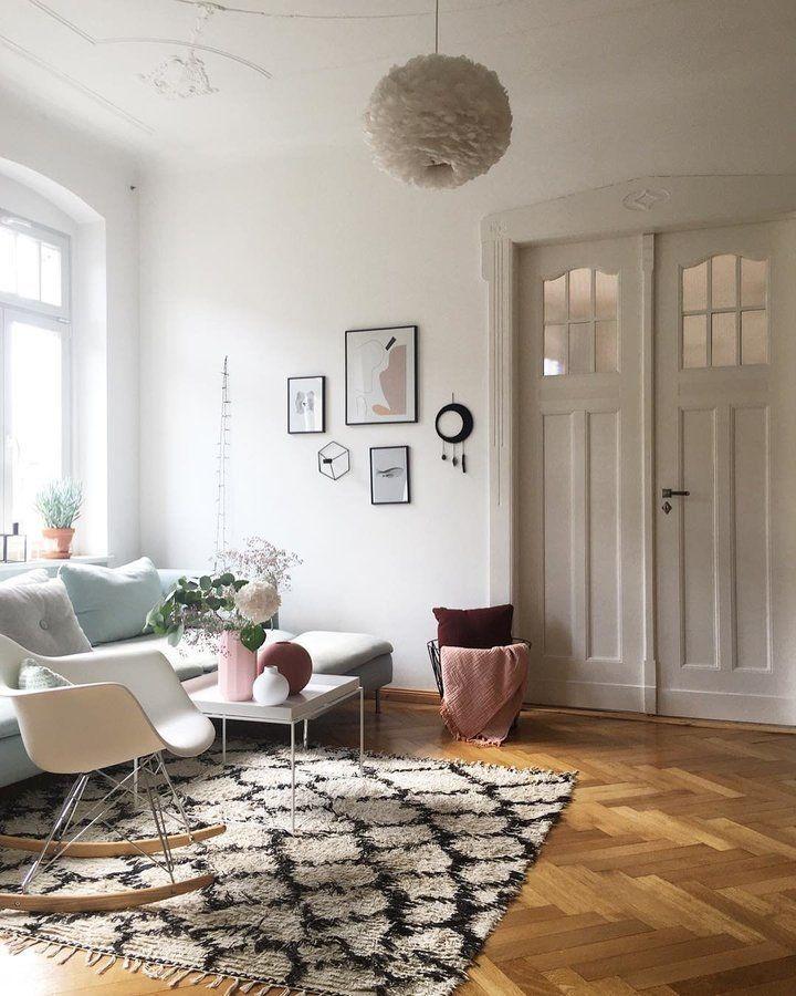 Heute ist zu Hause in 2019  Wohnzimmer  Altbau ideen