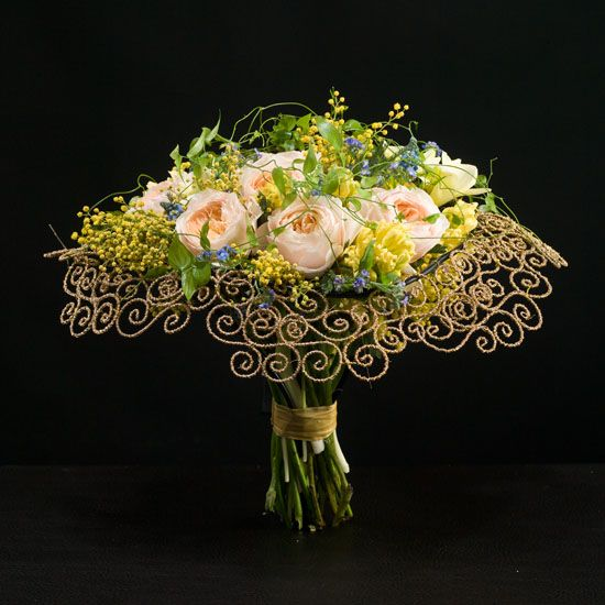 What an amazing bouquet! Love the scroll-work. Max van de Shlyusom