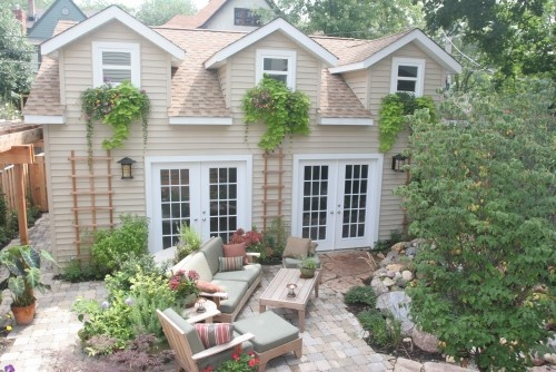 traditional windowboxes - by SPACE Architects + Planners: Lakewood Residence, Lakewood House, Beautiful Landscape, Dream House, Outdoor, Traditional Landscape, Landscapes, Space