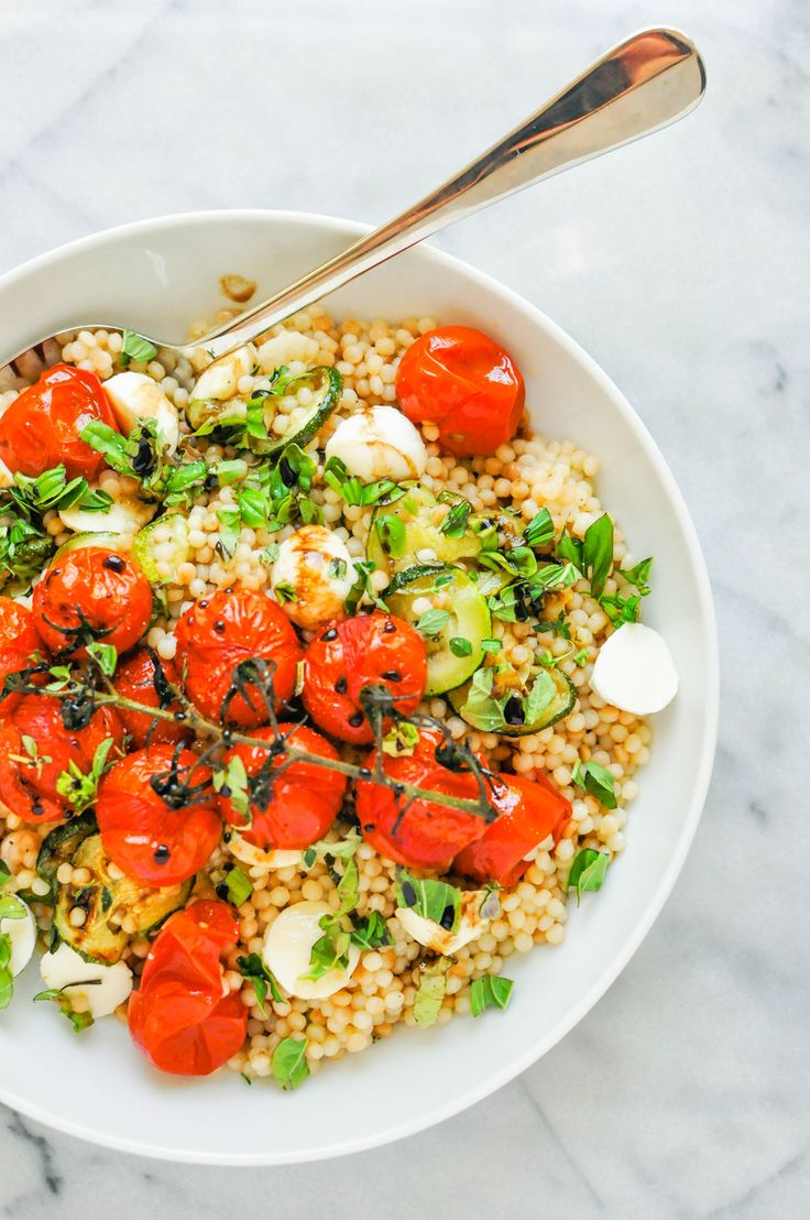Israeli Couscous Salad Recipe with Zucchini, Mozzarella, & Tomatoes