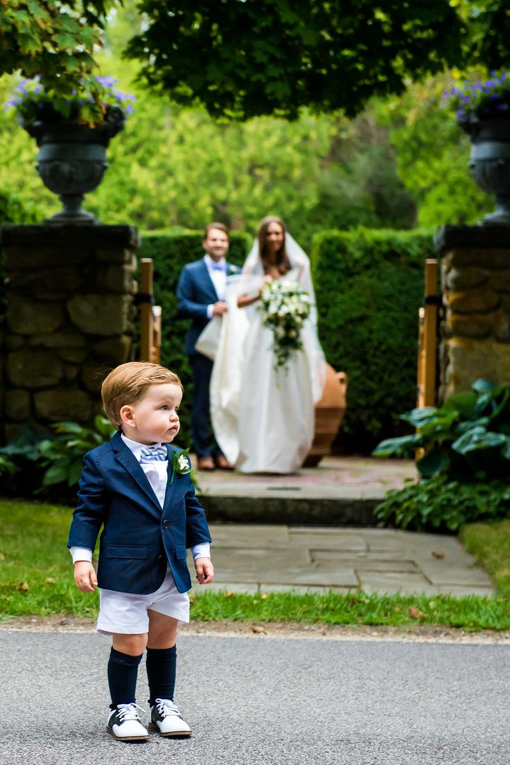 Lindsay Talbot and Christopher Bateman Wedding vogue elegant timeless decor Vogue Weddings pageboy outfit ring-bearer preppy children blazer