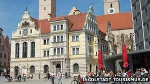 Germany: Man holds hostages at Ingolstadt town hall A man has taken several people hostage in the old town hall in Ingolstadt in southern Germany - just hours before a scheduled visit by Chancellor Angela Merkel.
