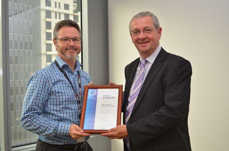 Presenting IIP accreditation for Mission Australia - Job Services Australia