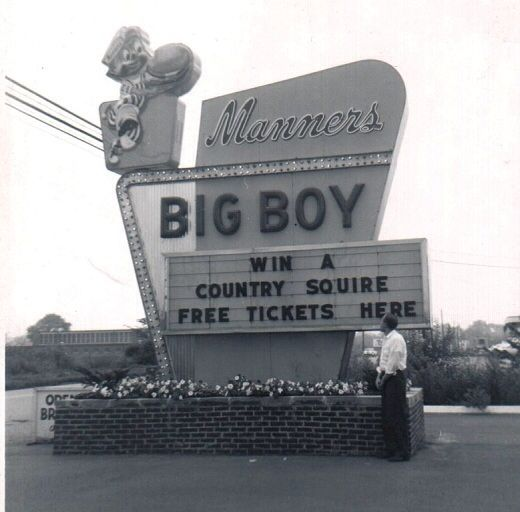 MANNER'S BIG BOY RESTAURANT ON PEARL ROAD IN PARMA I WENT THERE DURING THE 1950's AND 1960'S BEFORE THEY CLOSED. THAT WAS A SAD DAY