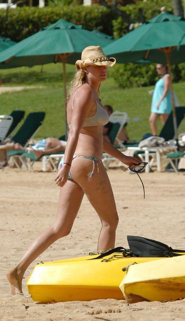 Poshly exhilarating Rebecca Romijn ...