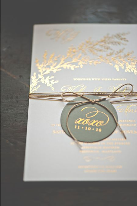 Regardless of the place, despite the season, gold foil remains as timeless and elegant as ever.