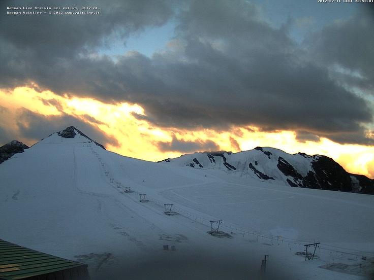 Godetevi il tramonto al Passo dello Stelvio in diretta