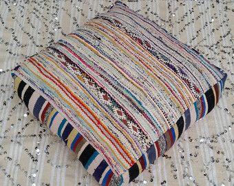 Marokkaanse vintage wol en katoen Floor Kussens door MoroccanTribal