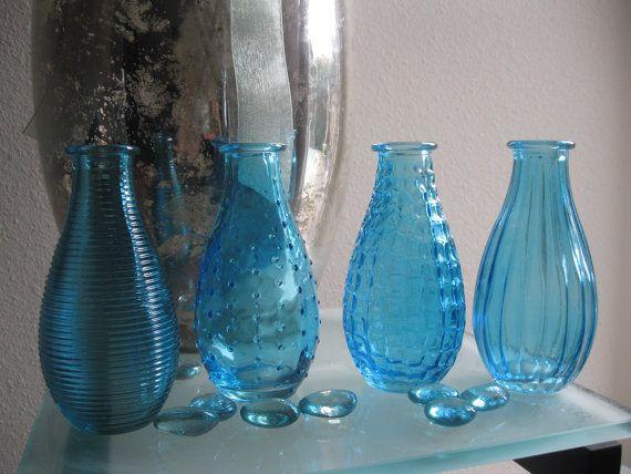 4 blue decorative colored glass bottles floral bud vase for Colored bottles for decorations