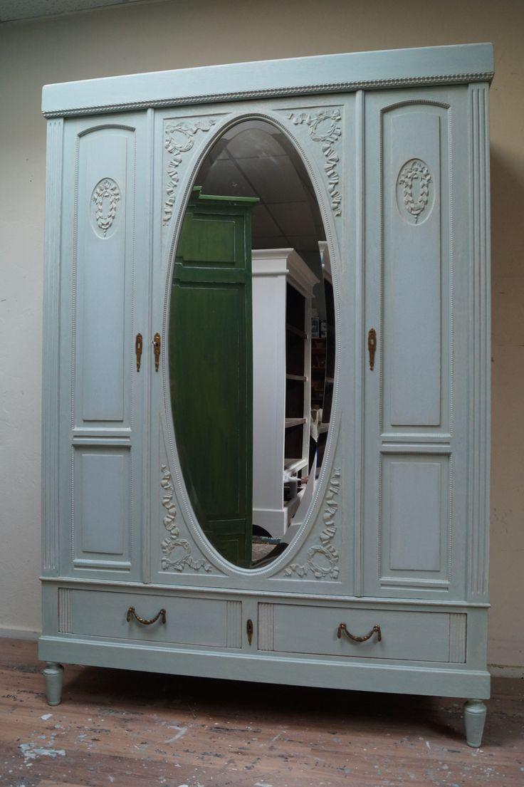 1000+ images about Opgeknapte oude kledingkasten on Pinterest   Brocante, Doors and Met