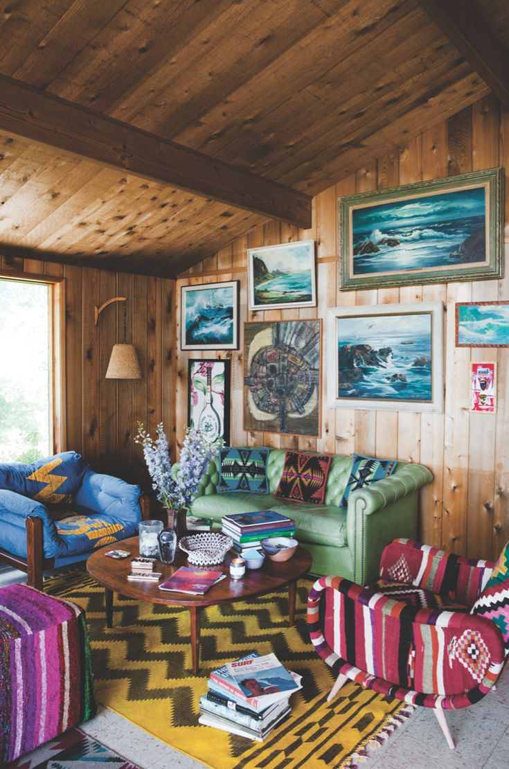 Love these awesome colors & prints @ Richards Surf Shack. I so want to visit!! Thanks for your the inspiration @the_chandelier!
