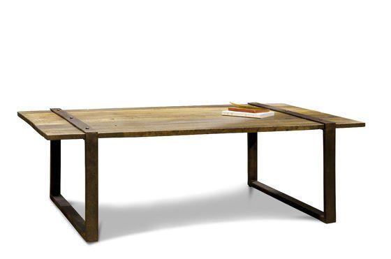 de tafelpoten die over het tafelblad heen gaan