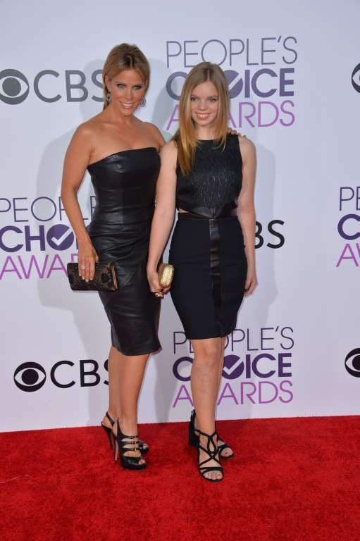 2017 People's Choice Awards:     Cheryl Hines and her daughter, Catherine Rose Young, attend the People's Choice Awards at the Microsoft Theater in Los Angeles on Jan. 18, 201