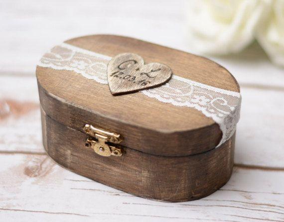 Hey, I found this really awesome Etsy listing at https://www.etsy.com/listing/249125872/beach-wedding-ring-box-wedding-ring