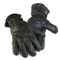 The warmest pair of glove you will ever own. Black soft deerskin leather gauntlet gloves with 150 grams of warm and toasty thinsulate insulation $59.95