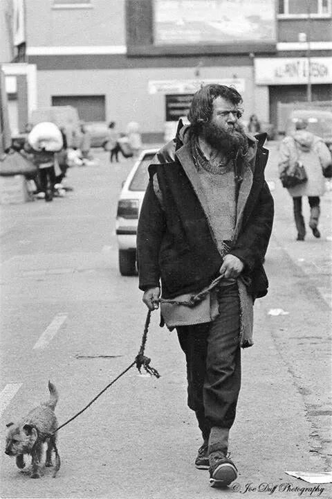 Forty Coats - Dublin character on Cumberland Street 1987.