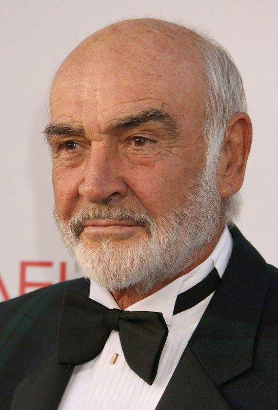 ClioMakeUp-uomini-tipi-barba-stili-sex-symbol-piu-apprezzati  Crediamo che Sean Connery sia ufficialmente l'ottantacinquenne più gnocco del mondo!