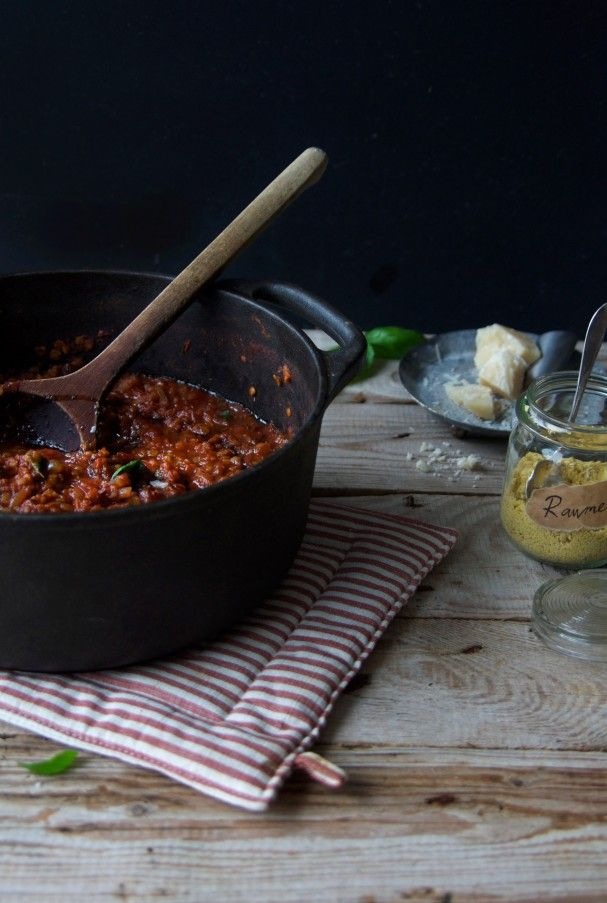 Healthyfied Spaghetti Amatriciana the His & Hers way at www.Earthsprout.com #slowfood #vegetarian #recipe