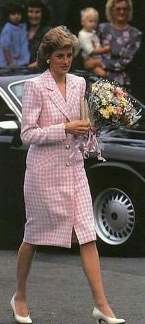 September 26, 1989: Princess Diana visits the Fleetville Community Centre, St Albans, Hertfordshire.