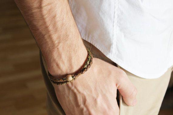 MEN BRACELET. Unisex bracelet. Braided leather and magnetic clasp. Bracelet for women. Jewelry