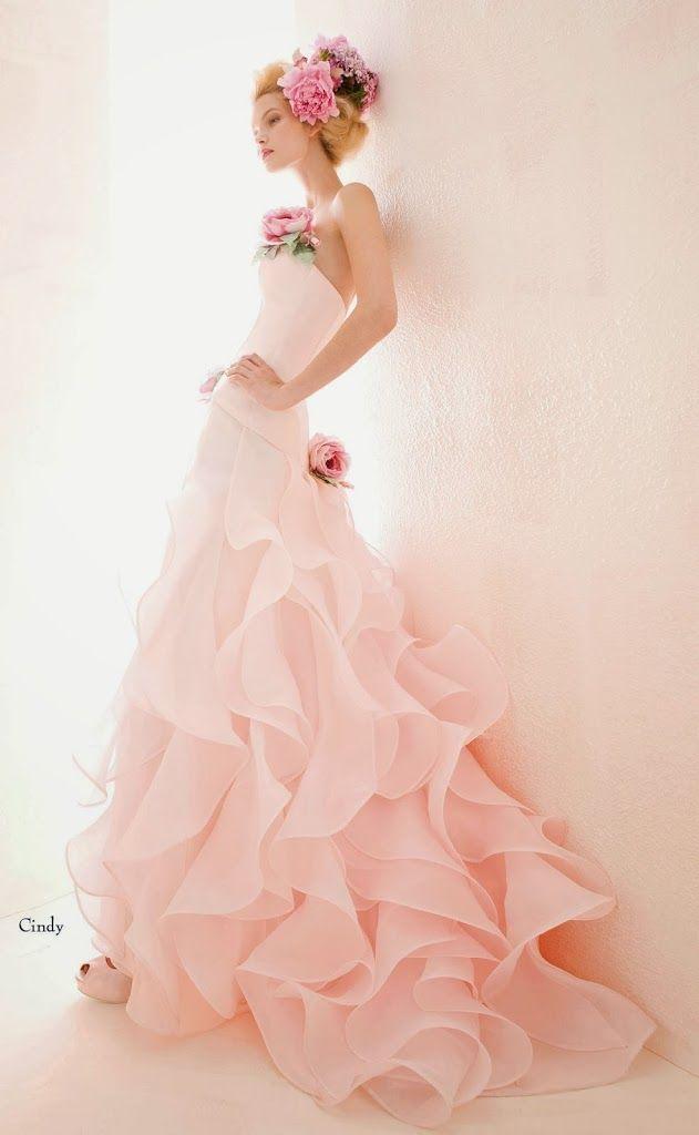 Abiti sposa 2014 e temi matrimonio - Aimée Cindy. Ispirati dal colore e dallo stile dell'abito, omaggiamo la primavera con le nozze a tema....
