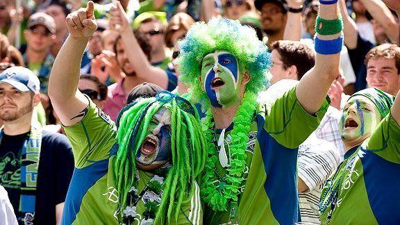 Biggest Soccer Fan - 25+ Funny Soccer Fans doing crazy stuff got viral