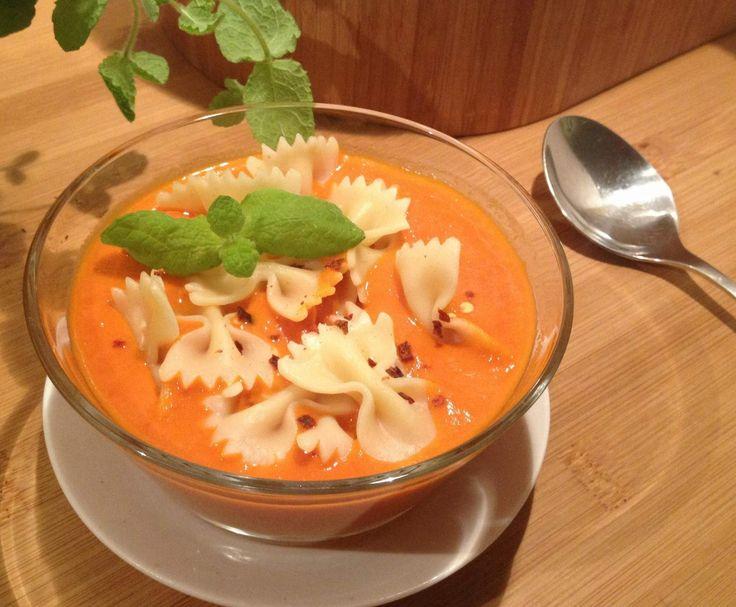 Przepis Zupa krem z pomidorów i papryki przez Iwona Garncarz - Widok przepisu Zupy
