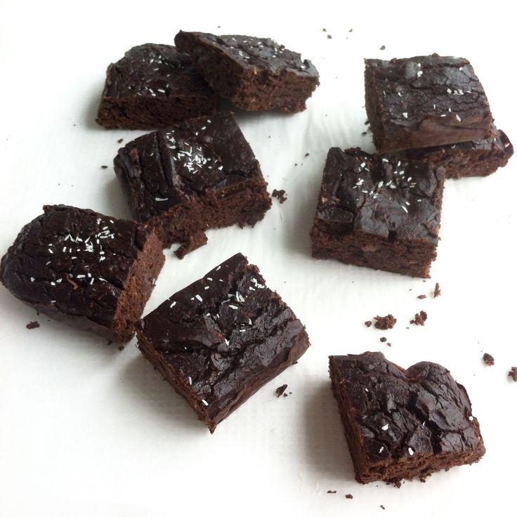 Brownies met zwarte bonen # honing # brownie