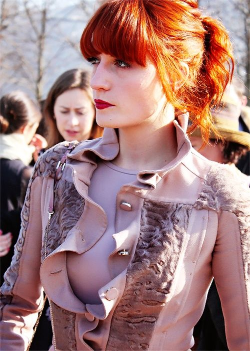 Florence Welch   ginger with yellow as the light hits, dream hair!