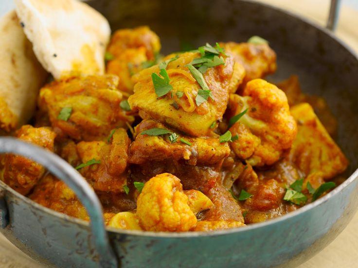 Hähnchencurry aus Indien (Chicken Balti) | Zeit: 20 Min. | http://eatsmarter.de/rezepte/haehnchencurry-aus-indien-chicken-balti