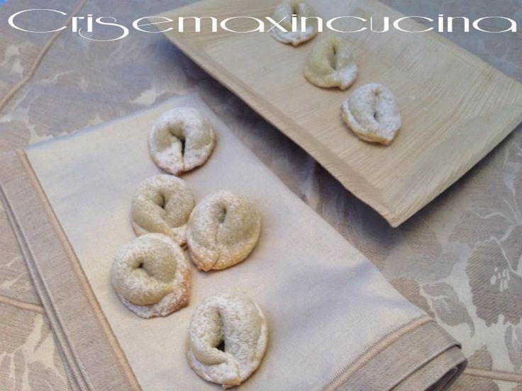 Tarallucci abruzzesi con marmellata, ricetta senza uova e lievito