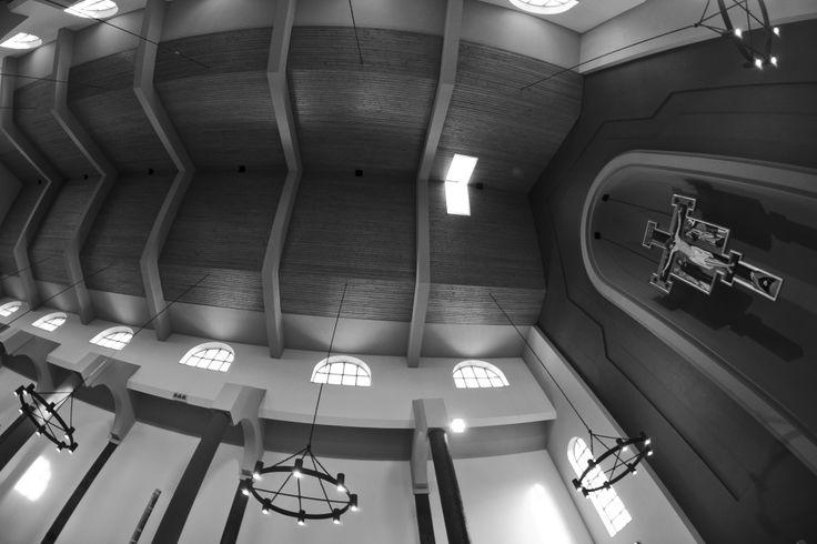 Wnętrze kościoła św. Jacka oo. Dominikanów w Rzeszowie, fot. Marcin Mituś  #dominikanie #jacek #kościół #modlitwa #świątynia #Rzeszów #op